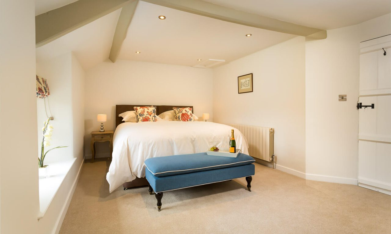 Lacet Cottage, Ullswater pet friendly holiday cottage in the Lake District - Bedroom 2