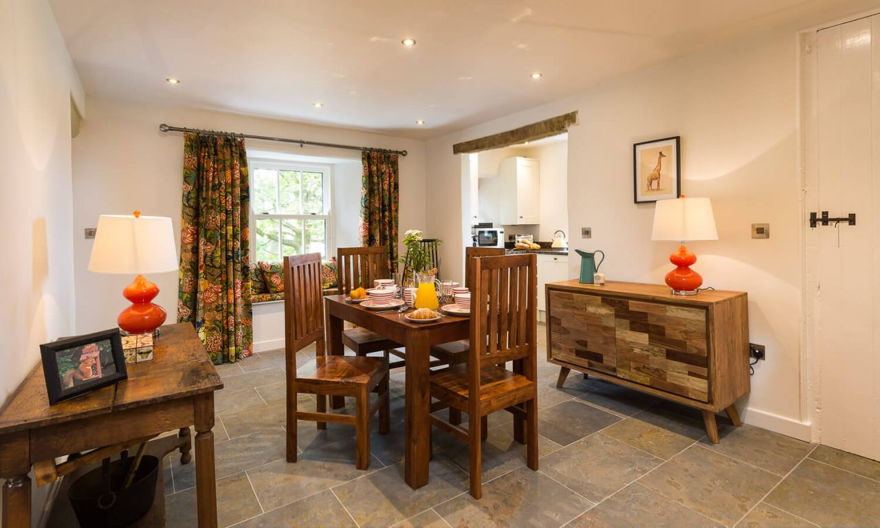 Lacet Cottage, Ullswater pet friendly holiday cottage in the Lake District - Dining Area