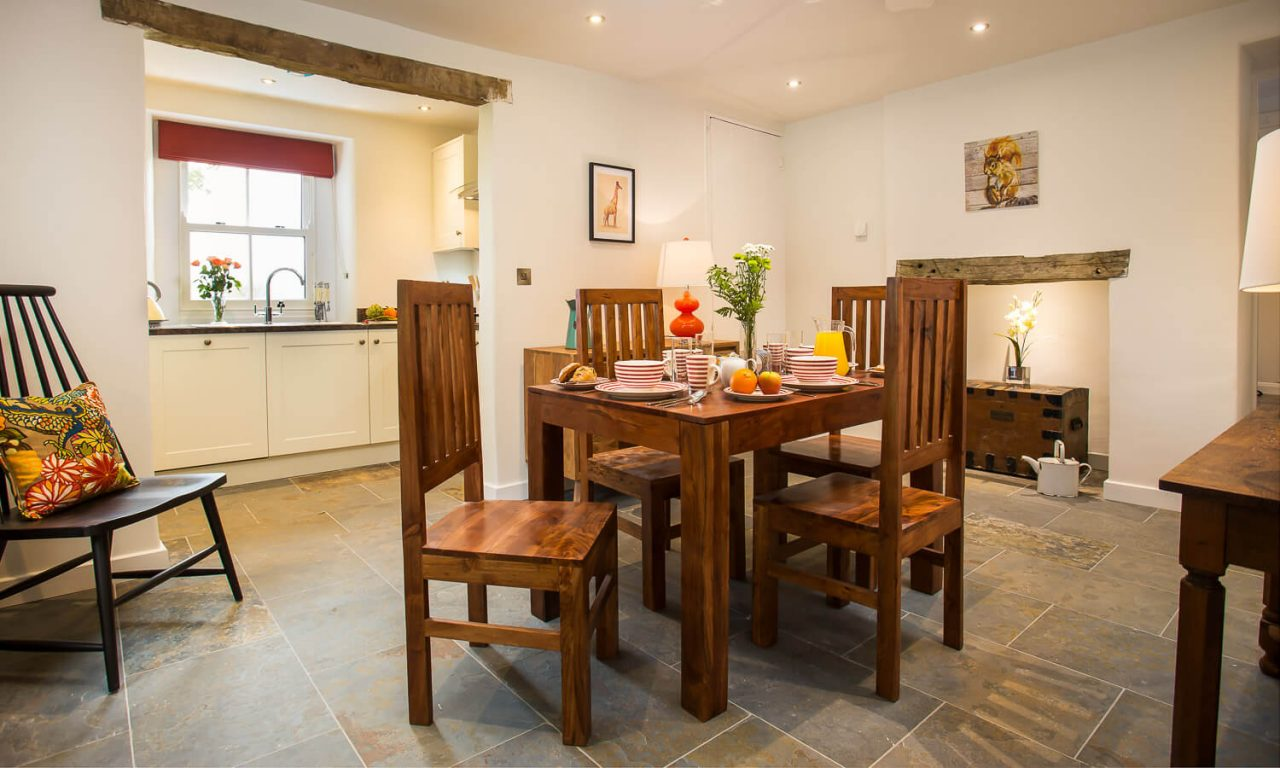 Lacet Cottage, Ullswater pet friendly holiday cottage in the Lake District - Dining/Kitchen