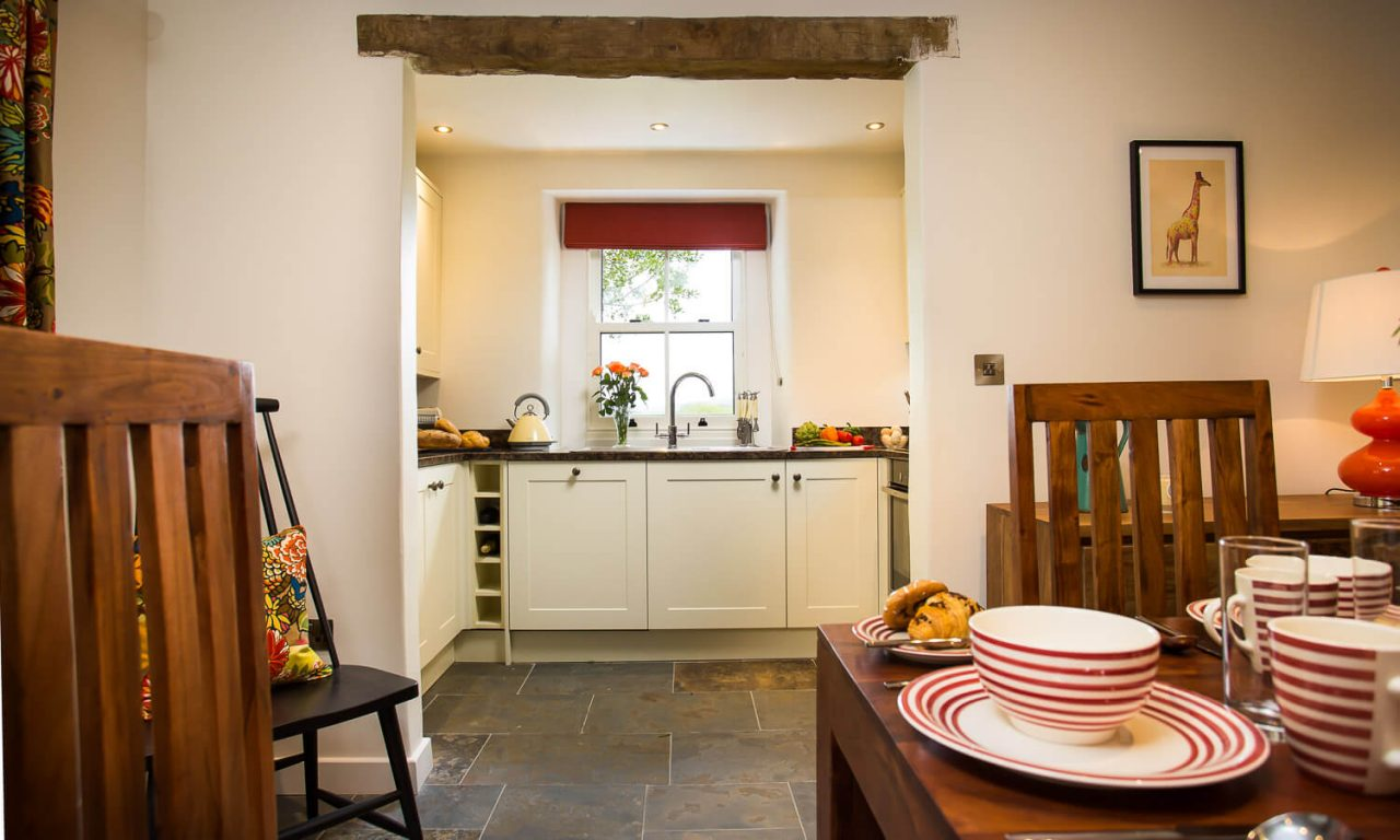 Lacet Cottage, Ullswater pet friendly holiday cottage in the Lake District - Kitchen