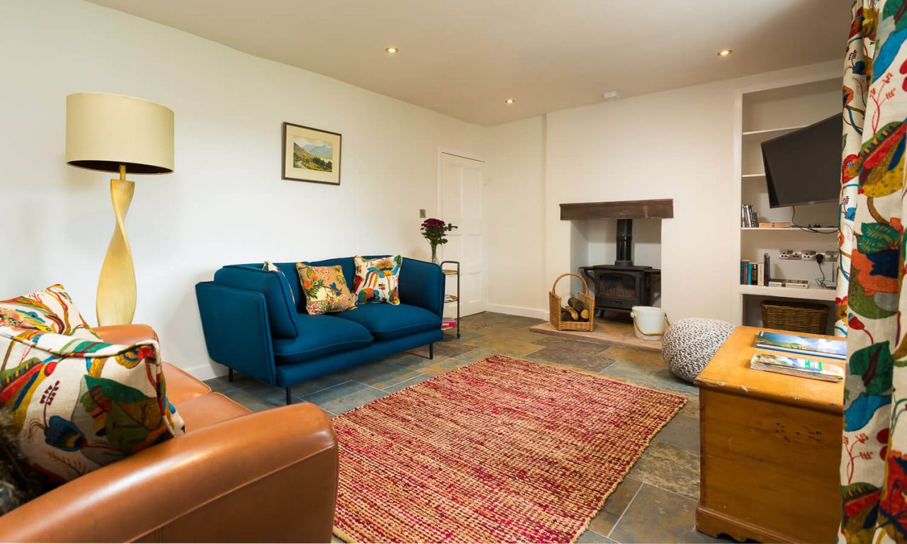 Lacet Cottage, Ullswater pet friendly holiday cottage in the Lake District - Living room